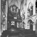Archivbild RK Hilden, Hauptschiff mit Blick zur Orgel