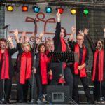 Gospelchor Joyful Voices auf der Bühne