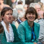 Pfarrerin Alkenings sitzt im Publikum