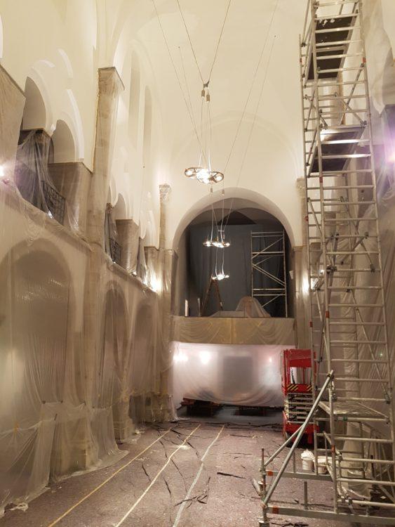 von innen verhüllte Reformationskirche