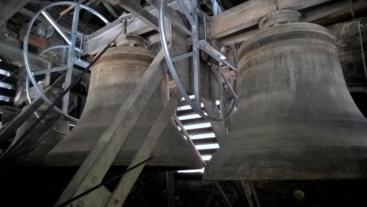 3 Glocken nach der Sanierung des Turms