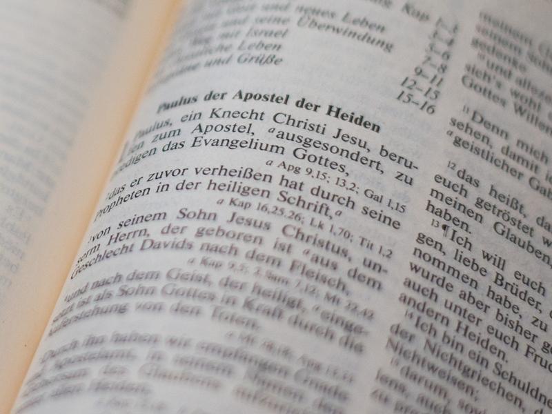 Blick in die Bibel