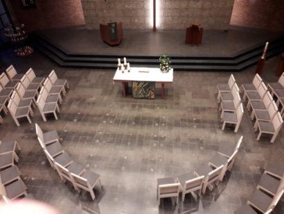 Neue Bestuhlung in der Erlöserkirche