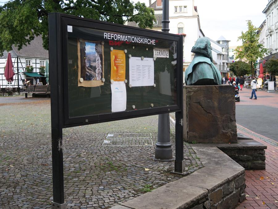Schaukasten an der Reformationskirche