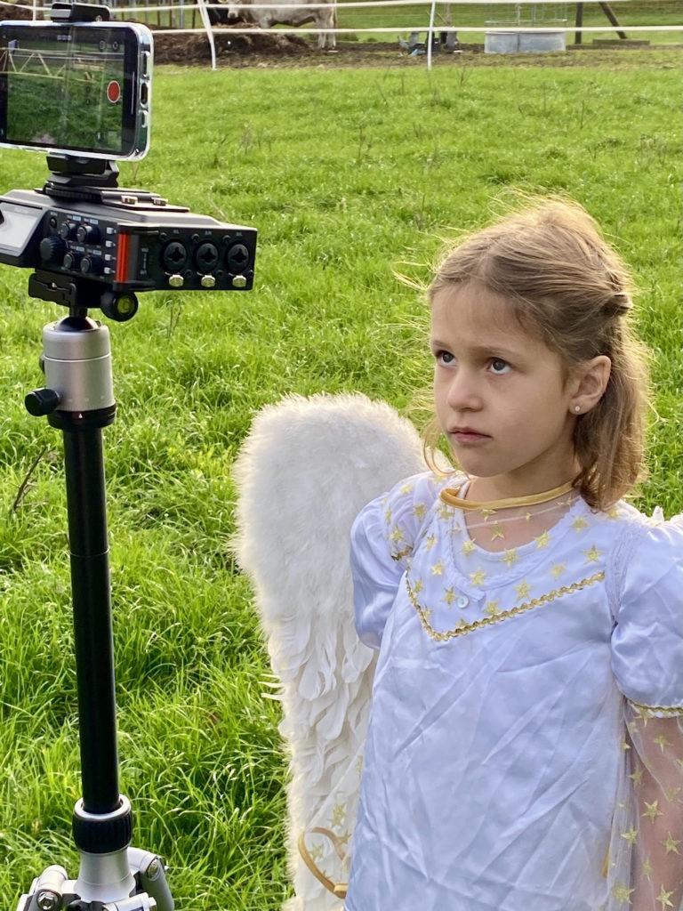 Engel vor Kamera