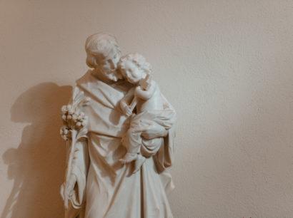 Joseph mit Jesus auf dem Arm