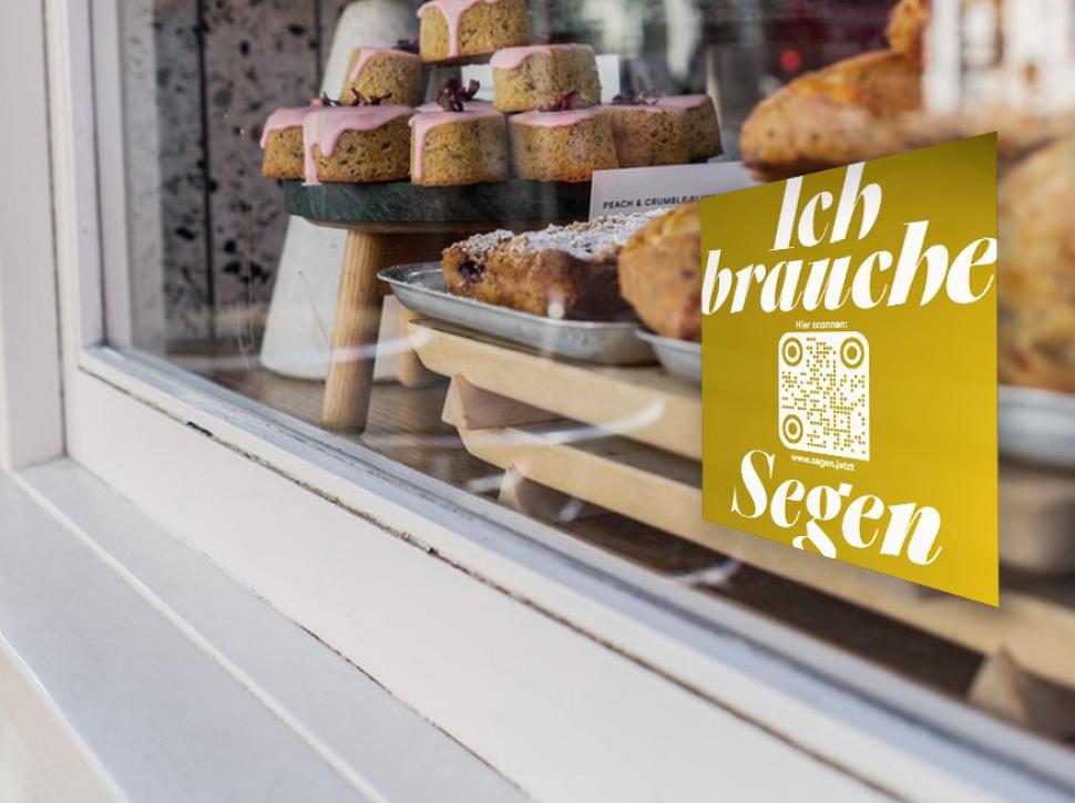 Aufkleber an dem Schaufenster einer Bäckerei